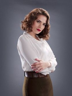 "ECCC: Hayley Atwell Talks ""Marvel's Agent Carter,"" ""Ant-Man"" Appearance - Comic Book Resources"