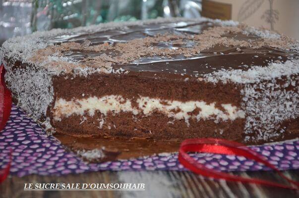 kinder délice géant à la noix de coco, gâteau kinder délice géant recette génoise légère crème noix de coco glaçage brillant au nutella