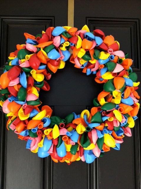 BIRTHDAY BALLOON WREATH Birthday Wreath Party by mamminapiccolina