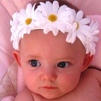 5 Great Homemade Baby Girl Gifts: Baby Headbands for the Feminine Cherub