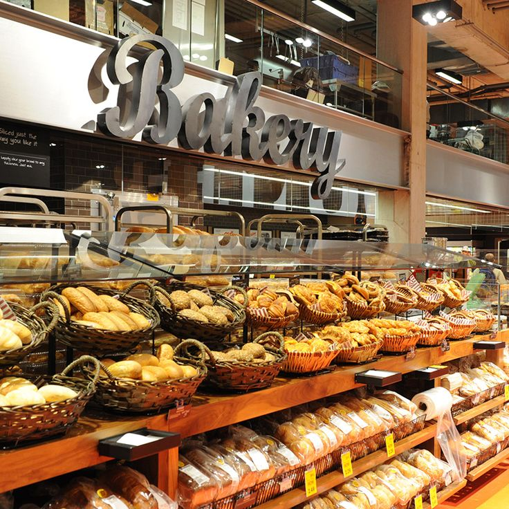 Loblaws, Toronto has a bountiful looking bakery. They use approachable baskets and shelving so customers can shop on their own terms, and aren't reliant on someone behind the counter for assistance. #Merchandising #Bakery #Retail