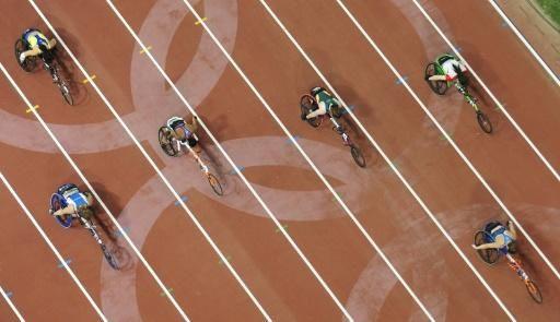 """AFP / Courrier international (2016-09-03) Paralympiques-2016 - L'automutilation comme produit dopant Se fracturer volontairement un orteil, blesser ses membres infirmes pour stimuler la pression sanguine... L'automutilation, ou """"boosting"""", est une forme de dopage spécifique aux handicap. http://www.courrierinternational.com/depeche/paralympiques-2016-lautomutilation-comme-produit-dopant.afp.com.20160902.doc.fs2qv.xml"""