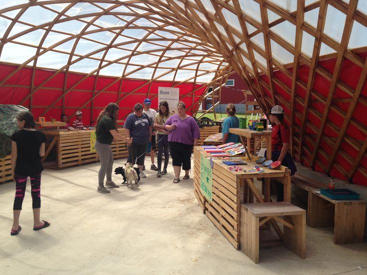 La vente lors du camp entrepreneuriat à Chéticamp juillet 2016. http://cdene.ns.ca/en/