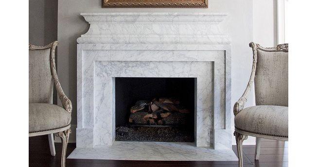 Классический белый мраморный камин. Камин из мрамора Bianco Carrara. Classic marble fireplace. http://www.jet-stone.ru/izdelija/zakazat-kaminy-iz-mramora-mramornye-kaminy-na-zakaz