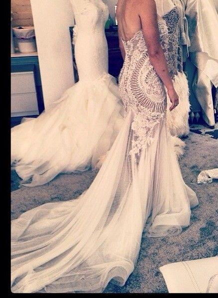 Leah Da Gloria, Couture J'aton inspired Organza Size 8 Wedding Dress For Sale | Still White Australia