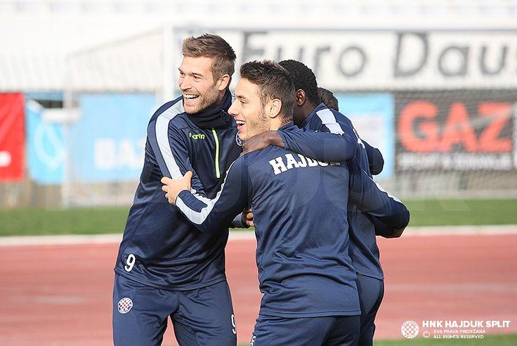 Trening prije dvoboja s Cibalijom • HNK Hajduk Split