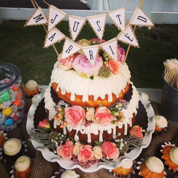 bundt wedding cakes 66 best nothing bundt cakes images on 12222