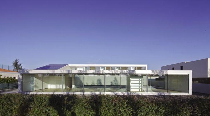 À VOUS DE JOUER - Pendant le mois d'octobre, Le Figaro immobilier, en partenariat avec l'agence Architecture de collection, vous propose de voter pour la plus belle maison d'architecte de France pour le prix Archinovo. Découvrez la candidate du jour.