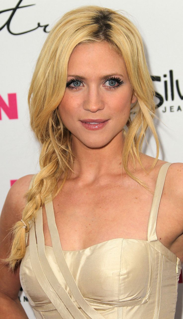 Hayden christensen medium wavy casual hairstyle thehairstyler com - Brittany Snow Fishtail Braid Hairstyleswavy