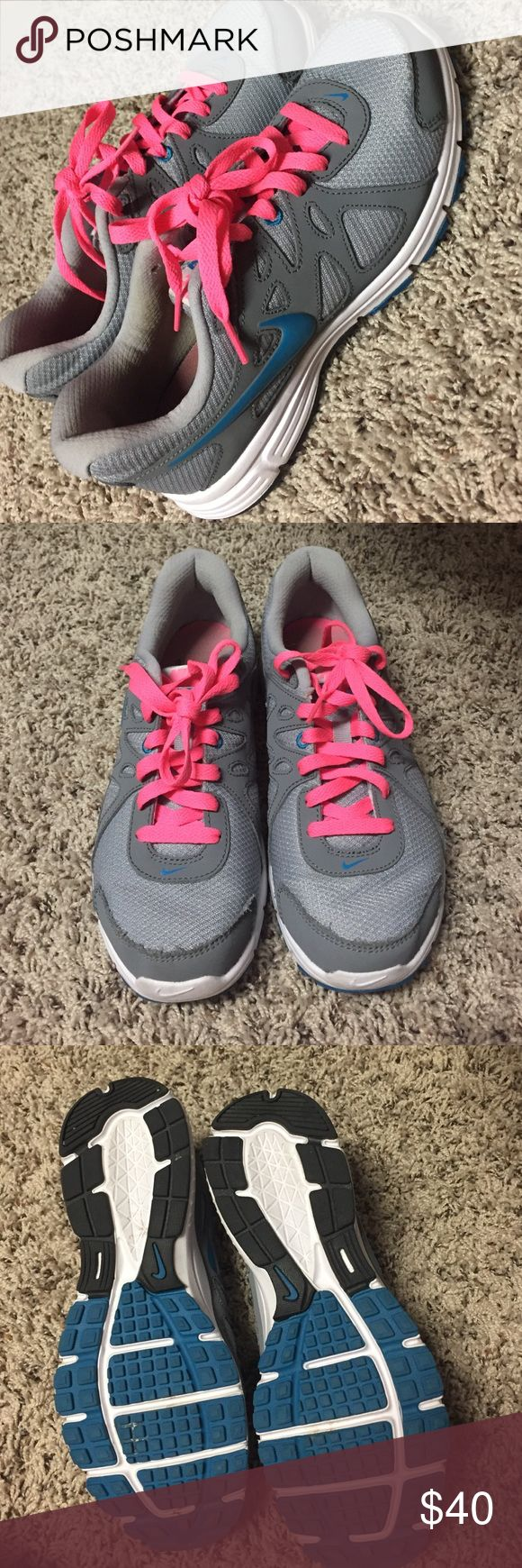 NIKE revolution 2 shoes 👟👟 NIKE revolution 2 shoes-worn a few times. Nike Shoes Athletic Shoes