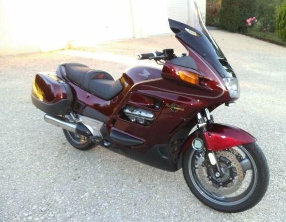 Honda 1100 pan european 3000€