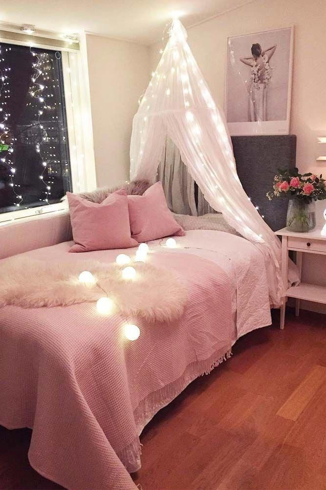 Pretty cute pink and gold with lights #CoolBedroomDecor Cool