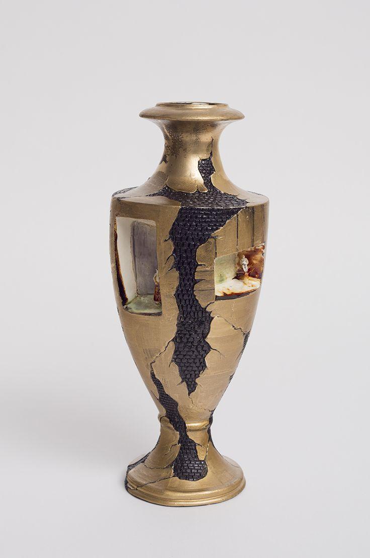 Richard Stratton, The Closing Door's Vase, 2014