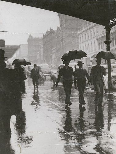 Wet weather in Bourke Street Melbourne, 1944