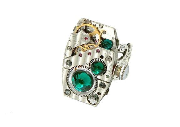 Steampunk ring, mørk grønn.
