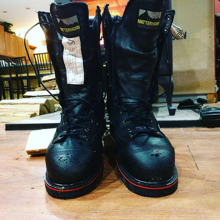 Finally new friggin boots #unionmade #unionmadegoods  #matterhorn #kevlar #millwright #welding