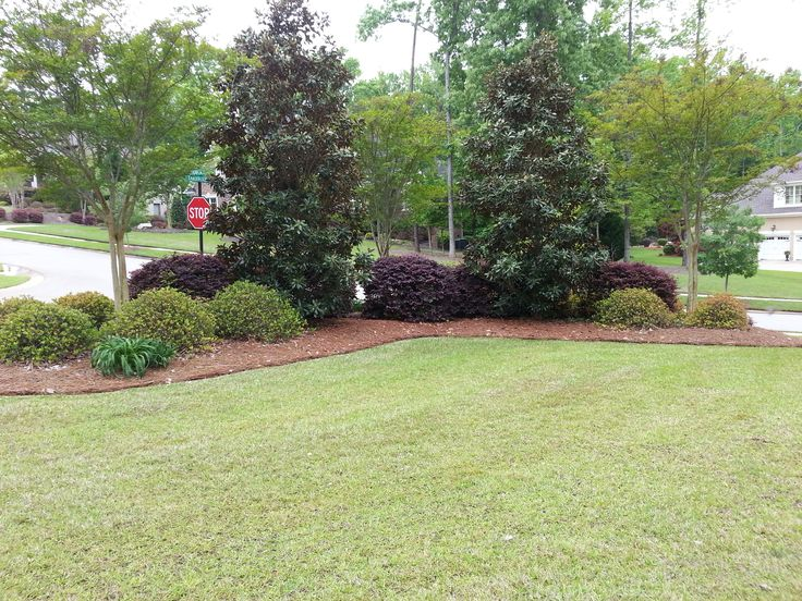 1000 images about corner lot landscaping ideas on for Great garden designs