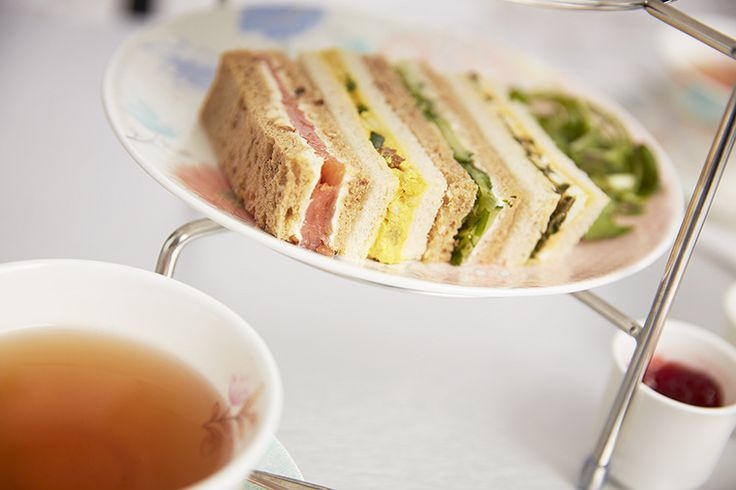 Covent Garden Tea Bar, cucumber and smoked salmon sandwiches, afternoon tea, day out in London.
