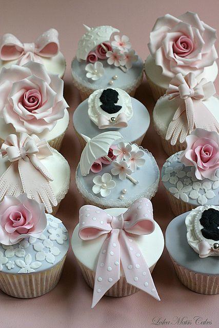 Vintage cupcakes | Flickr - Photo Sharing!