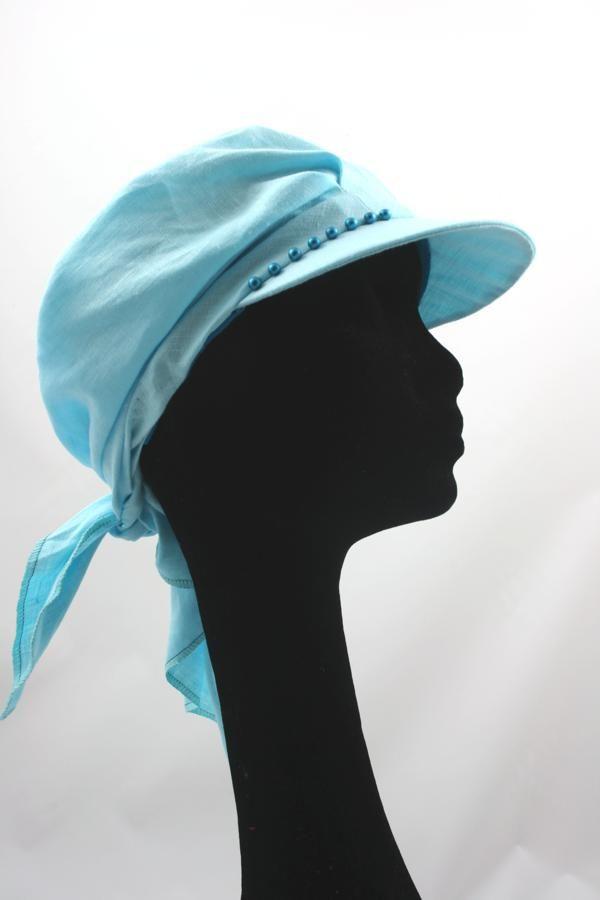 Lekker luchtig en comfortabel voor de hoog zomerse dagen. Een sjawl met klep van linnen of linnen/katoen.