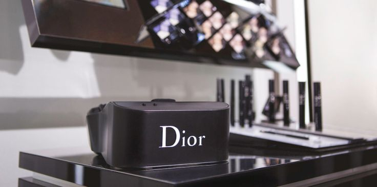 CHRISTIAN DIOR EYES VIRTUAL REALITY