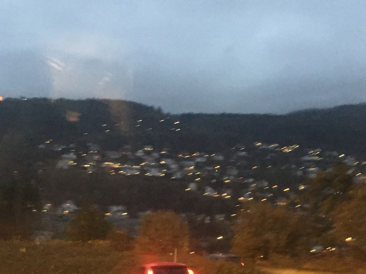 Driving to city center of Bergen. School day. Dark and cold morning of November! Autum, Fall, Host, Outono. Bergen, Norway