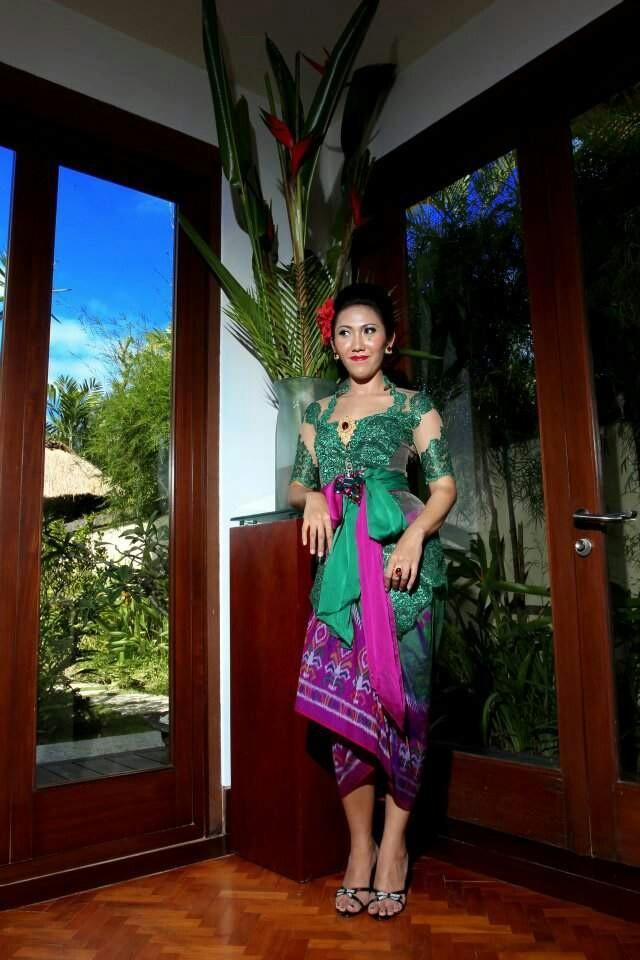 Bali kebaya.