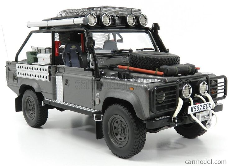 KYOSHO KSR08902TR Echelle 1/18  LAND ROVER DEFENDER 90 PICK-UP 2001 - LARA CROFT - TOMB RAIDER - ANGIOLINA JOLIE - MOVIE GREY MET