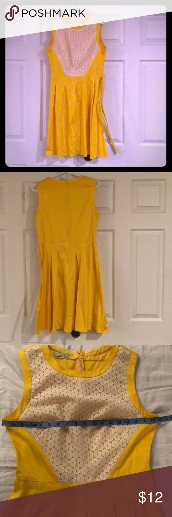 London Styles yellow Dress with Belt Beautiful yellow dress. Comes with belt. Rock them with heels for a night out or with flats for a day in the office. London Style Dresses Midi