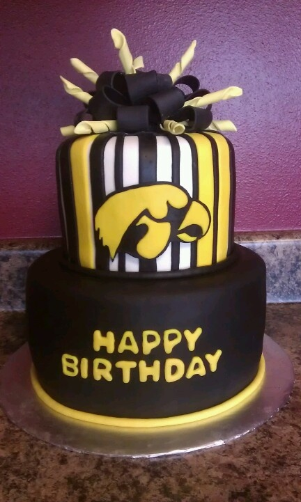14 Best Iowa Hawkeye Cake And Cupcakes Images On Pinterest