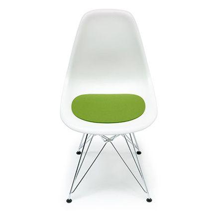 Hey Sign Felt-Cushion Eames Plastic Side Chair €25