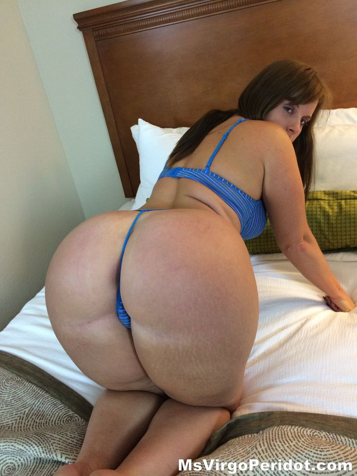 Video latinas over 40 with huge ass can only