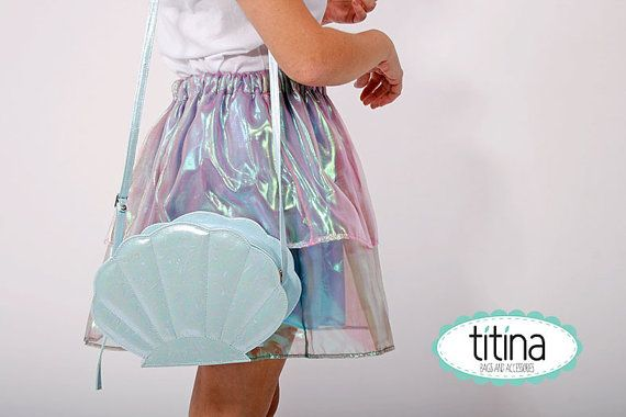 the sea shell bag in pastel iridescent blue color by TitinaStore