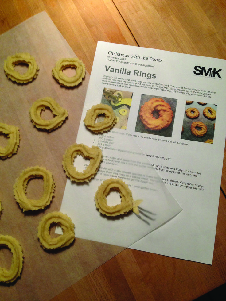 Traditional cakes and paper crafts. Presentation + hands-on.