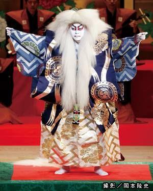 Kabuki actor Kikunosuke playing a 'shishi ' (lion) @ Kabuki-za in Tokyo.