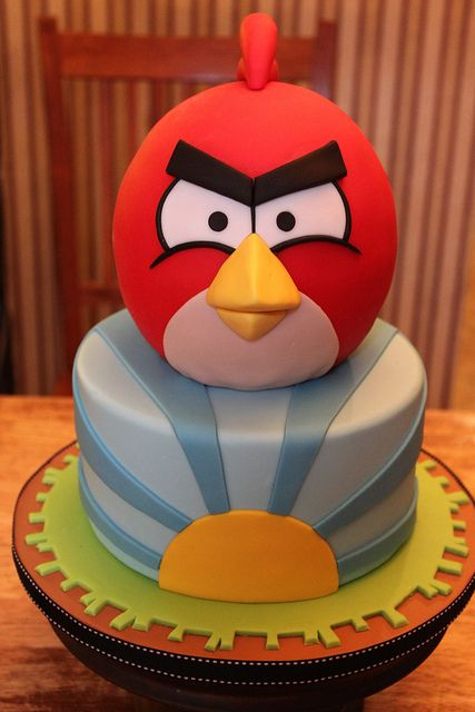 140 best cakes angry birds images on pinterest angry for Angry birds cake decoration kit