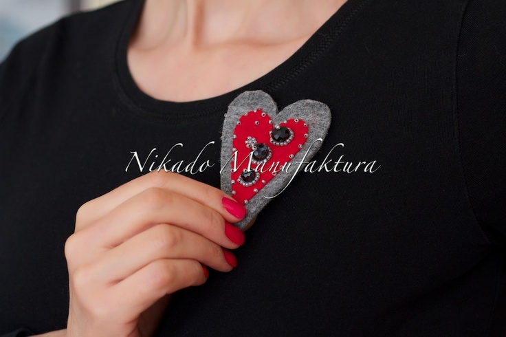 jewelry made ​​of felt