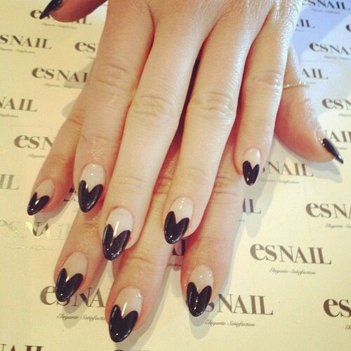 Trendy nails for this summer in nude and black polish