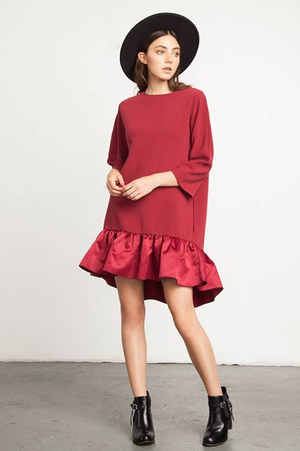 The perfect party dress for the season. A ruffled satin hem turns this LRD (little red dress) into something runway-worthy.