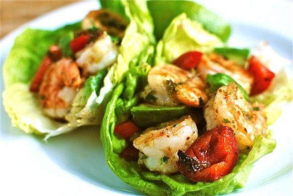 Shrimp Avocado Wraps: Lettuce Cups, Shrimp Avocado, Lettuce Wraps Seafood, Spicy Shrimp, Shrimp Lettuce Wraps, Avocado Lettuce, Lettuce Wraps Shrimp, Shrimp Rolls, Healthy Foodies