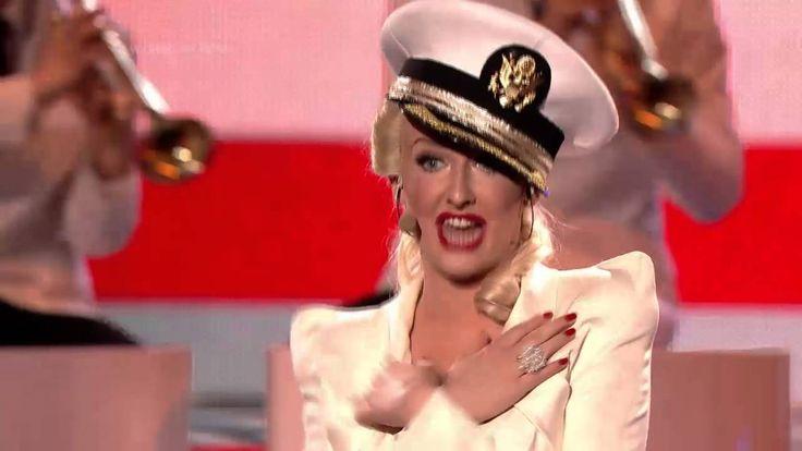 S05E08 Christina Aguilera - Candyman