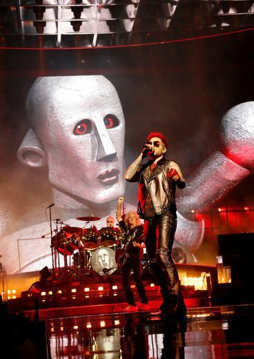 Queen and Adam Lambert rock Toronto crowd | Review | Music | Entertainment | Tor