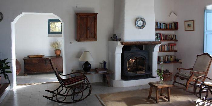 CASA RURAL LAS CHIMENEAS - Mairena :: Landelijk overnachten in een oud Andalusisch dorpshuis in Mairena in Las Alpujarras. Op heldere dagen zie je Noord Afrika in de verte. Meer info: www.escapada.eu/las-chimeneas
