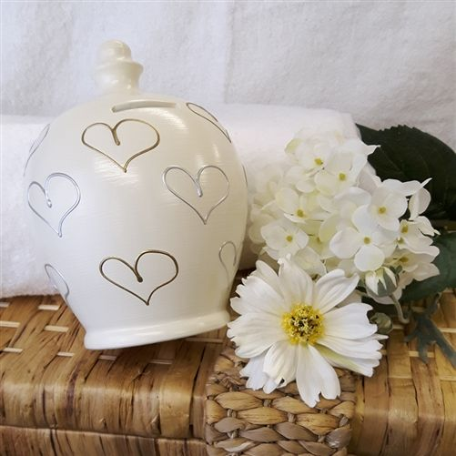Personalised Money Pot for Mother's Day. Contains a Fortune Coin for good luck. WowWee.ie | €30