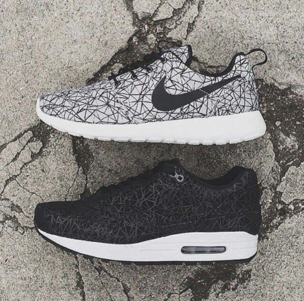 12d297a54762 ... clearance tumblr cool running shoes nike black and white nike free run  black and white tumblr