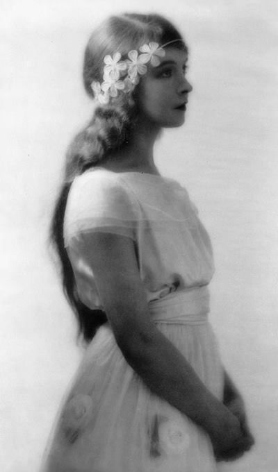 Lillian Gish by Charles Albin, 1922