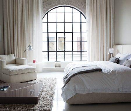 Designer Julie Charbonneau's principal bedroom: Big Window, Bedrooms Window, White Bedrooms, Window Treatments, Photo Galleries, Steel Window, Design Home, Bright Bedrooms, Beautiful Bedrooms