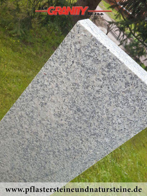 Granitpalisade/ Palisade aus Granit (Beipiel)...Polengranit...  http://www.pflastersteineundnatursteine.de/fotogalerie/unterschiedliche-naturstein-produkte/