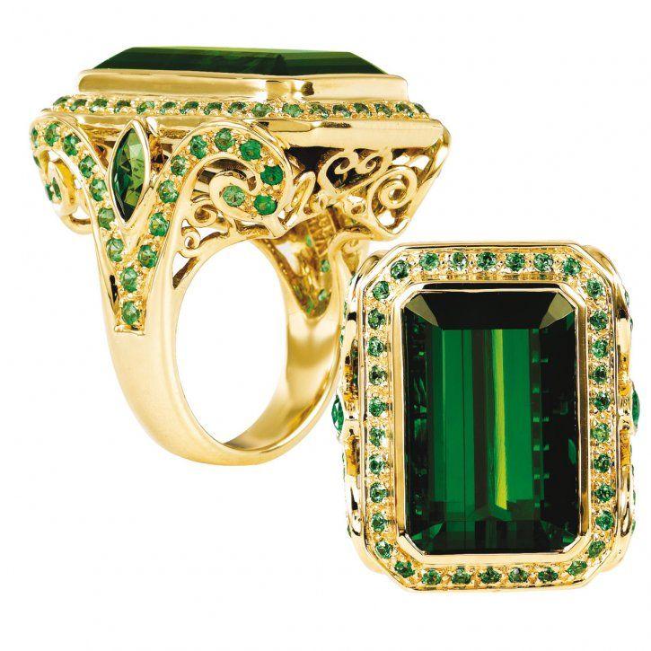 Verdant Splendor ring in 18-karat yellow gold with 27.83 carats of tourmaline and 2.21 carats of tsavorite by Paula Crevoshay