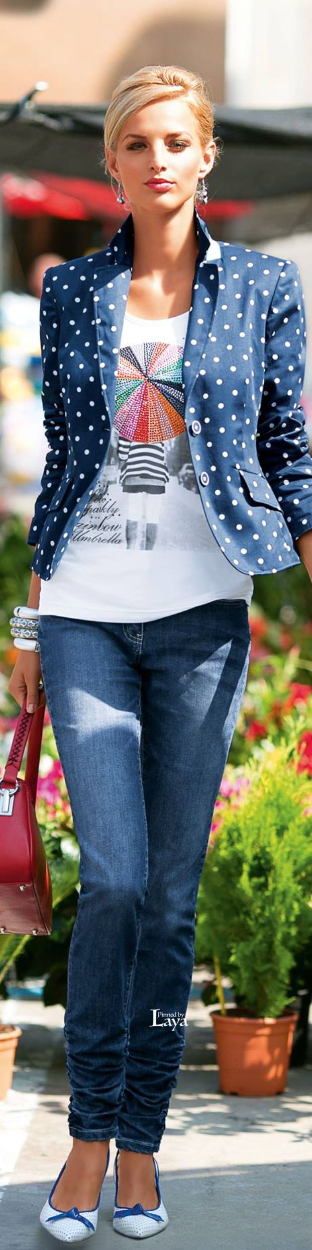 Shop Shabby Shack Vintage Denim in Courtyard Antiques in the Mason Antiques District. Denim for Women & Children. Courtyard Antiques. Shabby Shack Vintage Denim, retro treasures & more! Open 7 days ~ 10 - 6 p.m. 208 Mason Street Mason, MI 48854 (517) 676-6388